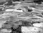Souther Field - Oblique Aireal showing Airfield and Station.jpg