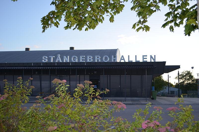 Fil:Stångebrohallen 2011-07-16.JPG