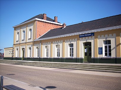 How to get to Station Neerpelt with public transit - About the place