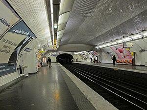 La Tour-Maubourg (Paris Métro) - Image: Station métro La Tour Maubourg IMG 3408