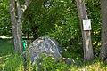 Stein- und Baumgruppe Drei Brüder bei Litschau 2014-05 02 NÖ-Naturdenkmal GD-067.jpg