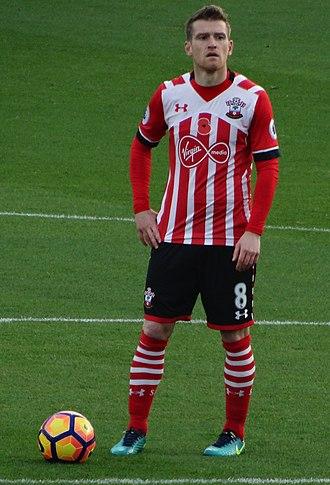 Steven Davis - Davis playing for Southampton in 2016