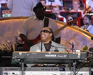 Nathan Watts - Nathan Watts behind Stevie Wonder (2006).
