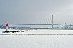 Stralsund, Mittelmole, Brücken (2012-02-05), by Klugschnacker in Wikipedia.jpg