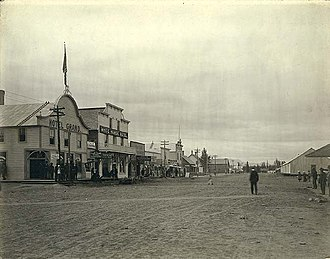 Whitehorse, Yukon - Streetscape of Whitehorse in 1900. The community saw a population boom with the discovery of gold in the Klondike in 1896.