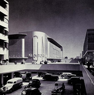 Futurama (New York World's Fair) - Full size Futurama street intersection, c. 1939