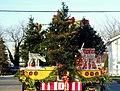 Stuck behind a Christmas truck! (4141379029).jpg