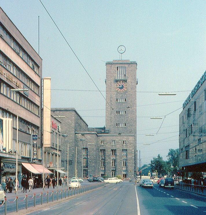 Stuttgart Hauptbahnhof v. K%C3%B6nigstra%C3%9Fe 1965