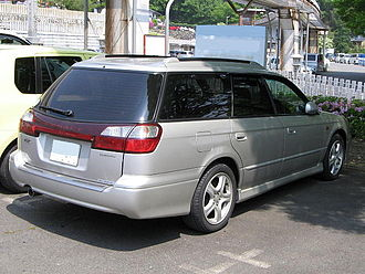 Subaru Legacy (third generation) - 1998–2004 Subaru Legacy Touring Wagon (Japan) with clear rear turn signal lenses and amber bulbs