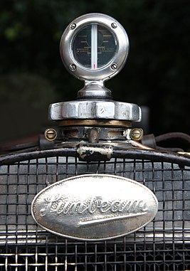 Sunbeam badge - Flickr - exfordy.jpg