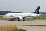 Swiss International Airlines, HB-IJN, Airbus A320-214 (20658932058).jpg