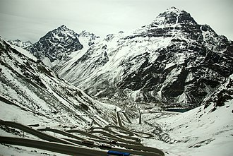 Paso Internacional Los Libertadores - Switchbacks on the Chilean side of the pass