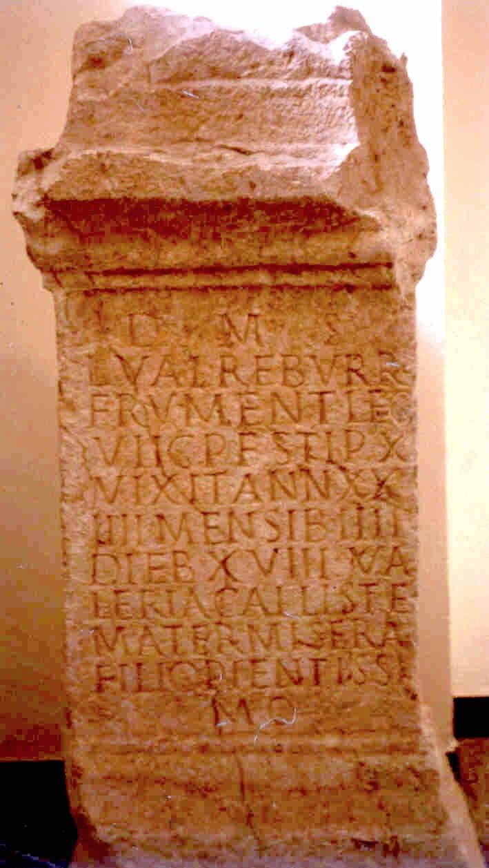 Epitafio de L. Valerius Reburrinus, frumentarius da VII Gemina destacado en Tarraco baixo Septimio Severo.