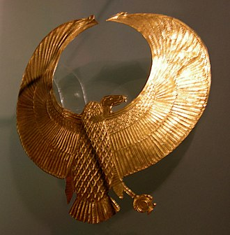 KV55 - The Ancient Egyptian vulture pectoral found on the head of the mysterious Pharaoh in tomb KV55