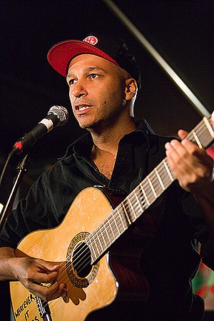 Tom Morello - Morello performing as The Nightwatchman in May 2006