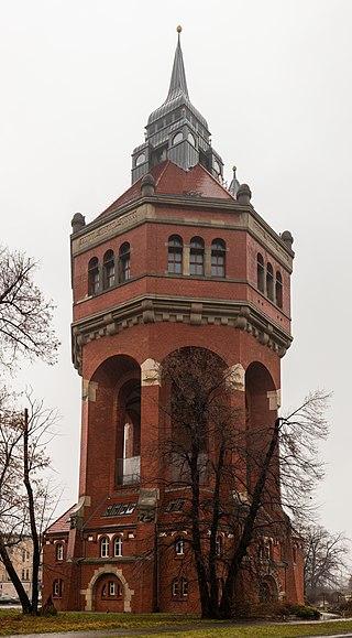 Torre del agua, calle Wiśniowa, Breslavia, Polonia, 2017-12-21, DD 09.jpg