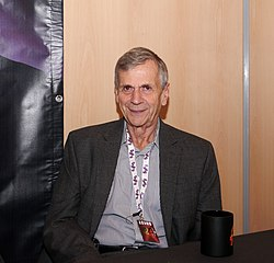 Toulouse Game Show 2011 - William B Davis - P1280948.jpg