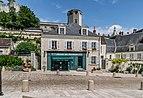 Tourist information centre in Saint-Aignan.jpg