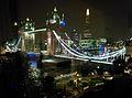 Tower Bridge in London v05.jpg