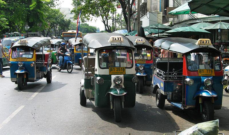 Fichier:Tuktukpktalad05b.jpg
