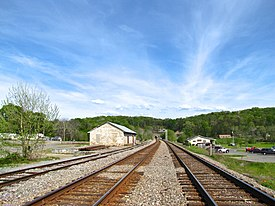 Tunnel-Hill-RR-tracks-ga.jpg