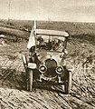 Tyska delegater på väg mot kapitulation, 7 nov 1918 (cropped).jpg
