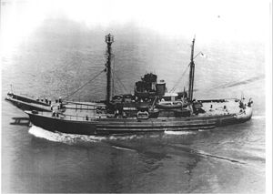 USS Stagbush (AN-69) - Image: USS Stagbush (AN 69)