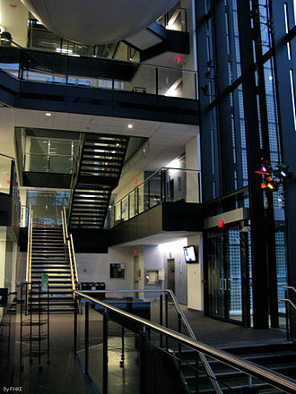 Leslie Dan Faculty of Pharmacy - Interior of the atrium