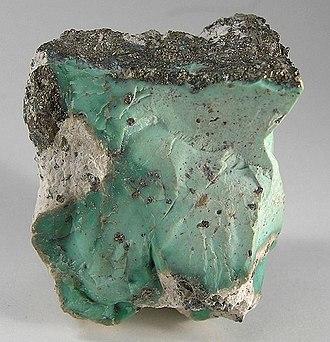 Variscite - Image: Variscite Pyrite 179447