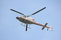 Vliegende helikopter tijdens Marathon Rotterdam 2015.jpg