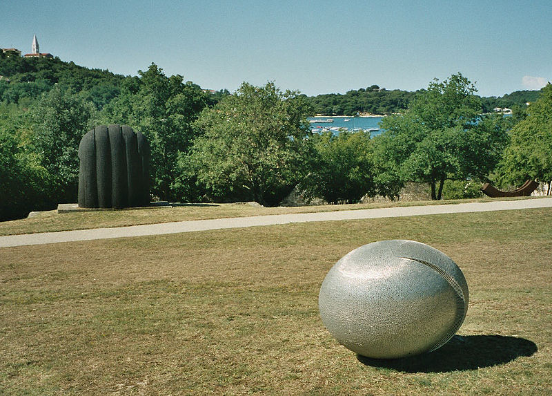 Dušan Džamonja 800px-Vrsar_Skulpturenpark_1
