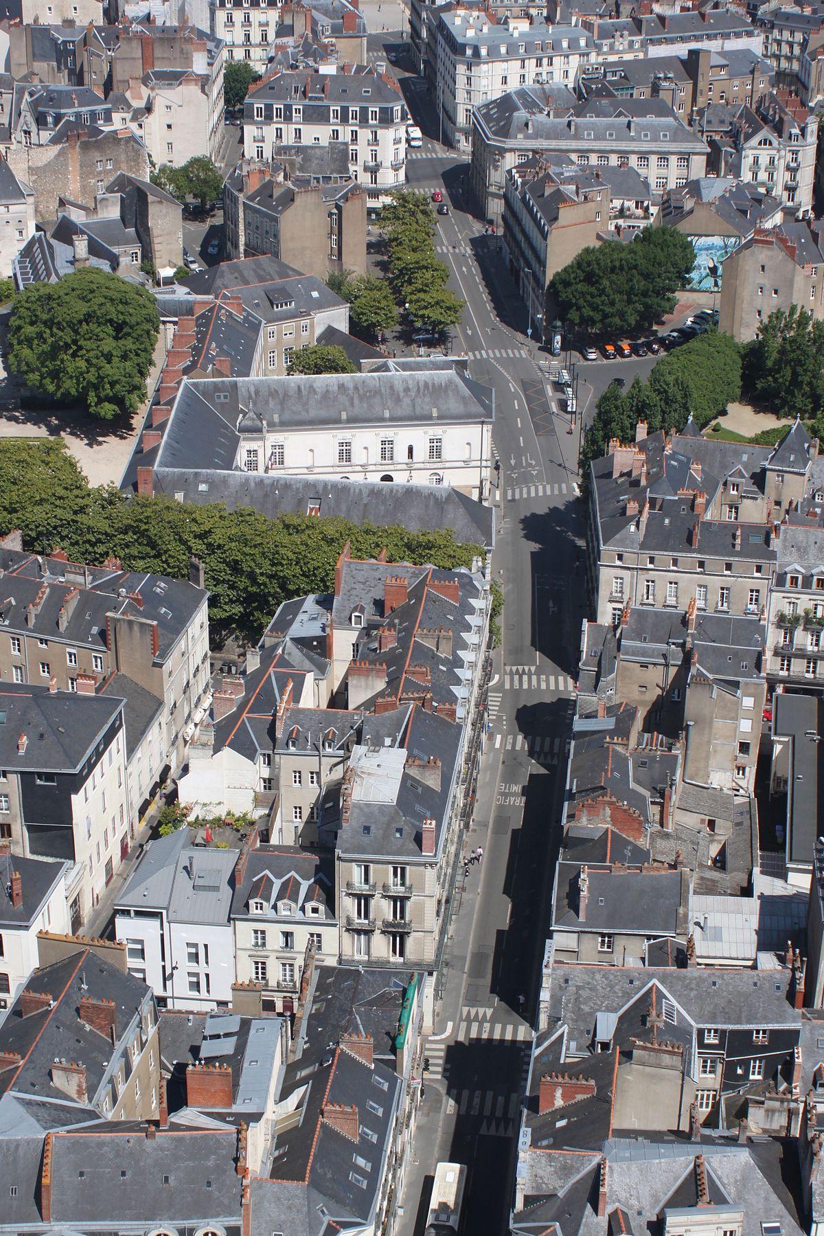 Rue De L H Ef Bf Bdtel De Ville  Nantes