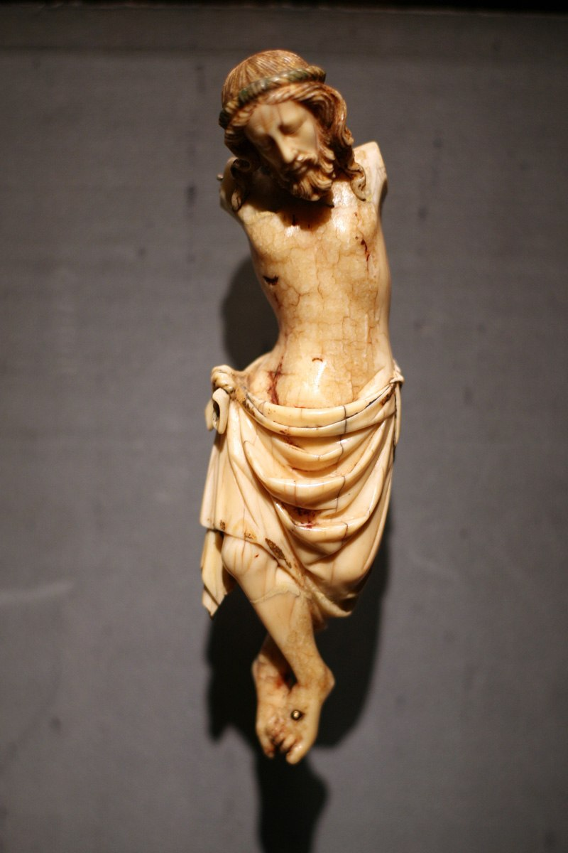 WLA metmuseum 1300 crucified Christ