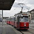 WL 4032, Hauptbahnhof tram stop (Vienna; street level), 2019 (01).jpg