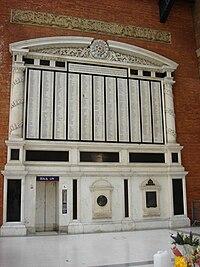 War Memorial at Liverpool Street.jpg