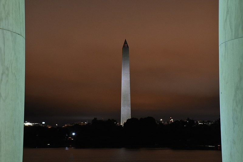 File:Washington Monument from Jefferson Monument at night.jpg