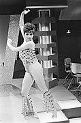 Willy en Willeke show, Corrie van Gorp tijdens haar mam, Bestanddeelnr 920-0344.jpg