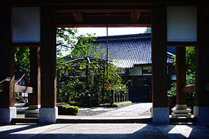 Yumura onsen Shofukuji03s2816.jpg