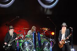 ZZ Top at Via Funchal, S.Paulo 16.jpg