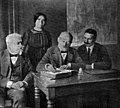 Zamenhof en Esperantista Centra Oficejo 1913.jpg