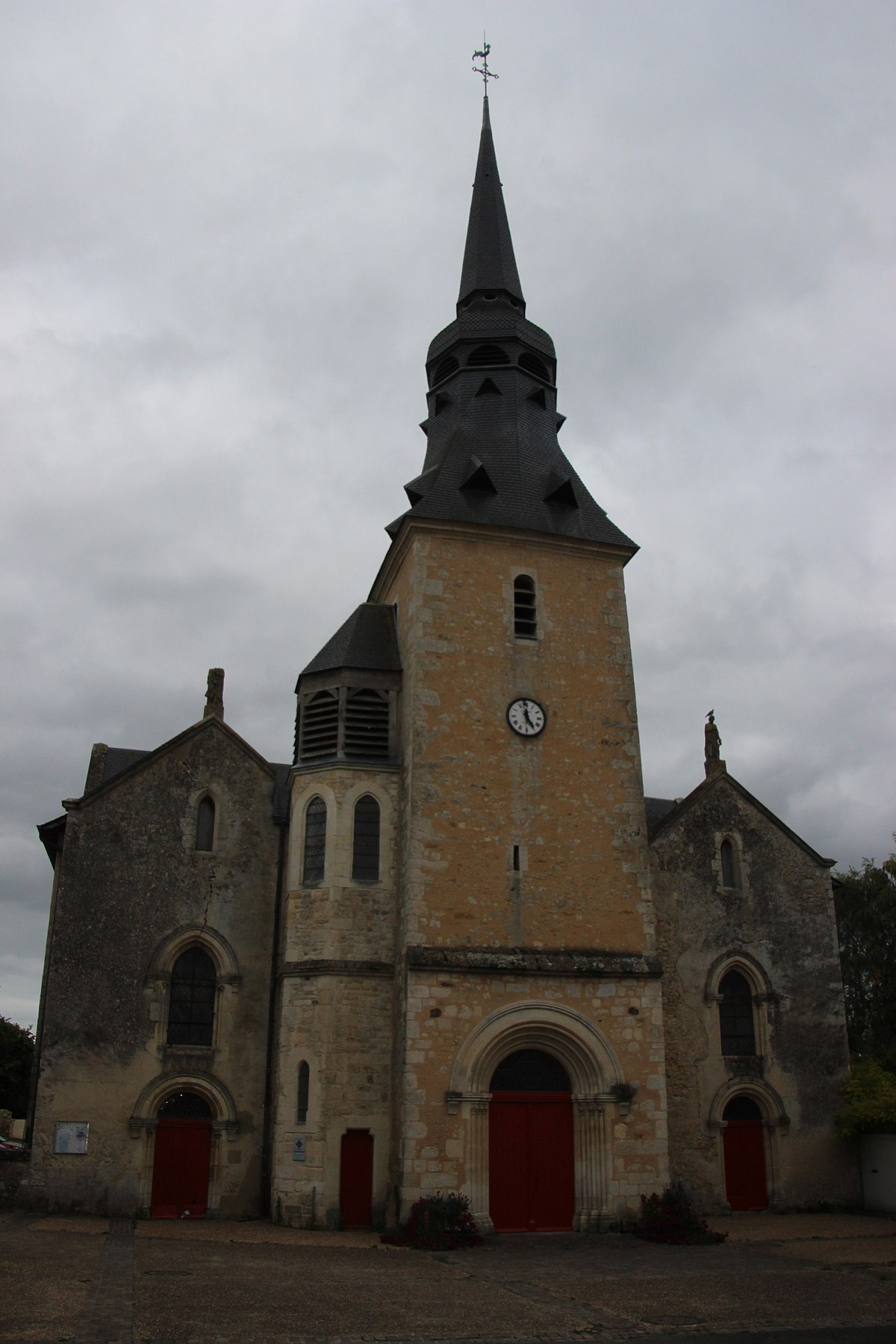 glise saint pierre de vallon sur g e wikip dia. Black Bedroom Furniture Sets. Home Design Ideas