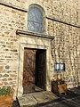 Église de Saint-Nizier-d'Azergues - Porte latérale (déc 2017).jpg