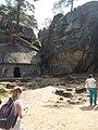 Вхід до печер (Скелі Довбуша) (3).jpg