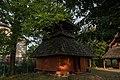 Дзвіниця церкви Покрова Богородиці 02.jpg