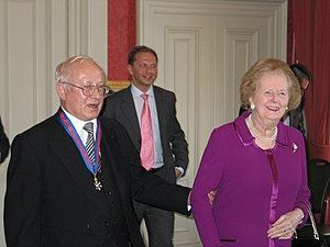 Oleg Gordievsky - Gordievsky congratulated by Margaret Thatcher on his investiture, 18 October 2007