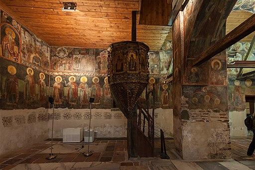 Несебыр Интерьер церкви Св Стефана СевероЗападный угол