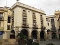131 Porxos de la plaça de les Fonts (Olesa).jpg