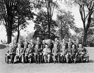 Cabinet of Canada - The 16th Canadian Ministry, headed by William Lyon Mackenzie King, on the grounds of Rideau Hall, 19 June 1945