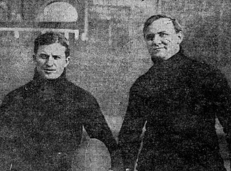 Paul Rader (evangelist) - Rader (right) as a member of the Multnomah Athletic Club football team in 1907.