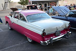 1955 Ford - Image: 1955 Ford Fairlane Crown Victoria rear